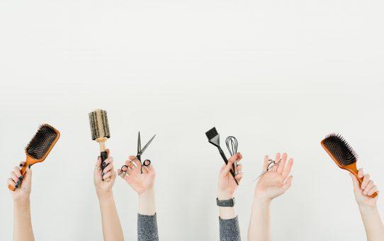 Find børster af god kvalitet der passer til dit hår